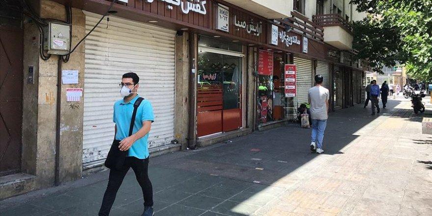İran'da Kovid-19'a bağlı can kaybı 3 bin 55'e yükseldi