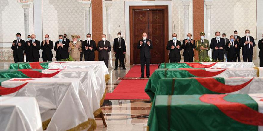 Fransa'nın Cezayir katliamı yeniden gündemde: Paris'teki müzede 18 bin kafatası var