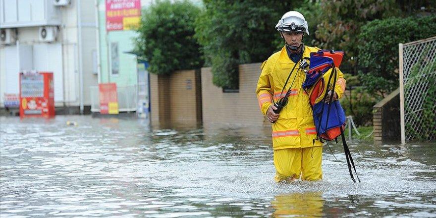 Japonya'da yaşanılan taşkın sebebiyle 18 kişi yaşamını yitirdi