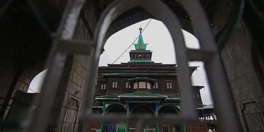 Korona bahane: Cammu Keşmir'de Müslümanlara yasak, Hindulara serbest!