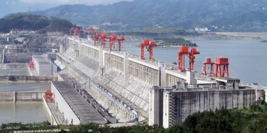 Dünyanın hızını yavaşlatan baraj