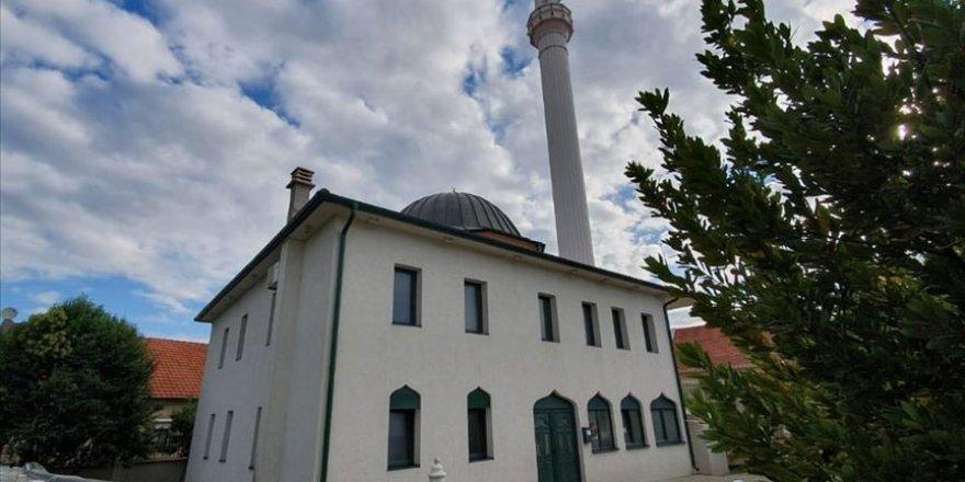 TİKA Karadağ'daki Karabusko Polje Camisi'nin tadilatını tamamladı