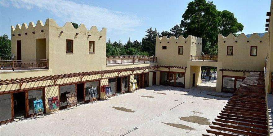 2,5 milyon liraya inşa edilen Çorum'daki Hitit köyü turistleri ağırlamaya hazır