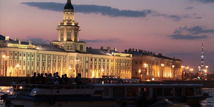 Rus turizm sektörünün kaybı 1,5 trilyon rubleyi aştı