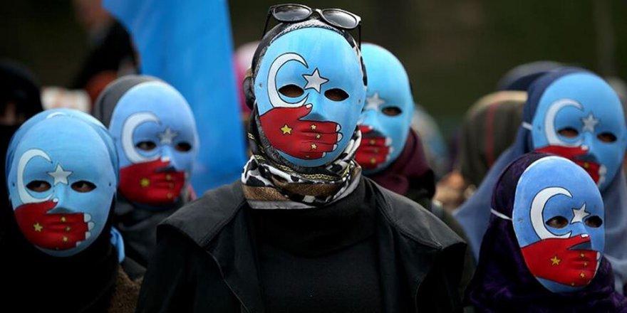 ABD'li senatörlerden Çin'in Uygur politikalarını 'soykırım' olarak tanımlanmasına dair tasarı