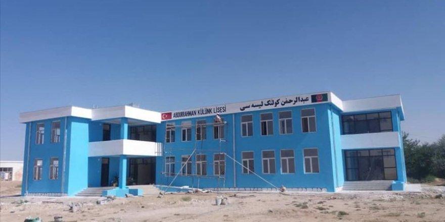 Türk doktor Afganistan'a okul yaptırdı