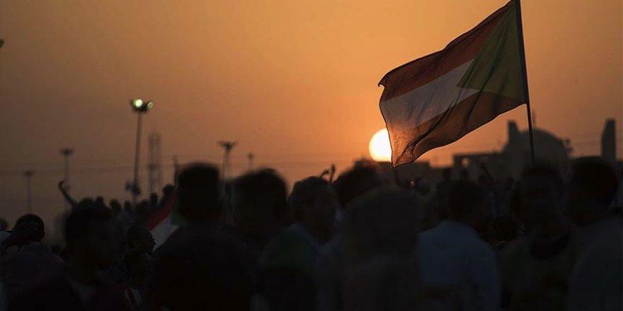 """Sudan'dan """"Siyonist işgal rejimi ile normalleşmek haramdır"""" fetvası"""