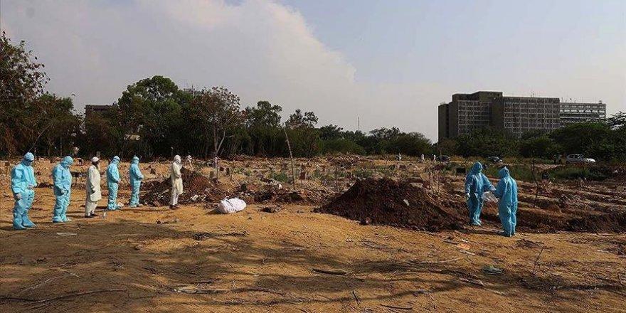 Kovid-19 sebebiyle Brezilya'da 631, Hindistan'da 500 kişi yaşamını yitirdi