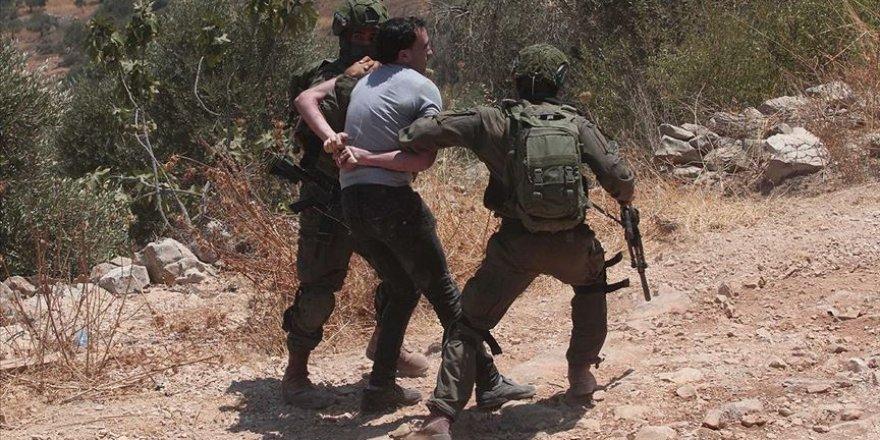 2020'nin ilk yarısında İsrail 2 bin 330 Filistinliyi gözaltına aldı