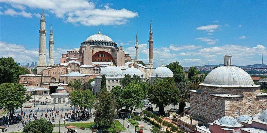 Ayasofya Camii'si Kebir halısıyla kaplanacak