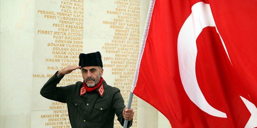 15 Temmuz Şehitler Makamı'na vatandaşların ziyareti başladı