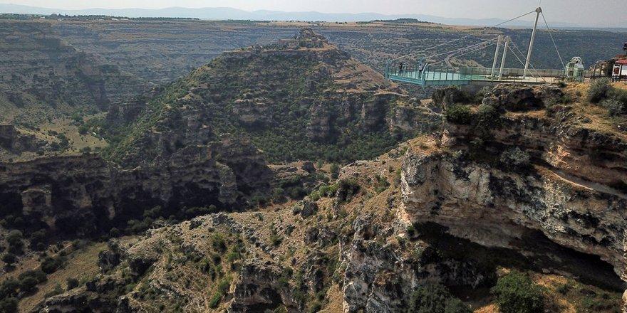 77 kilometre uzunluğa sahip kanyon misafirlerini bekliyor