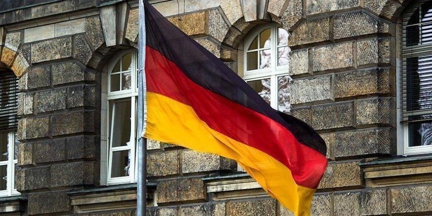 Almanya'da 153 bin öğrenci ders başı yaptı