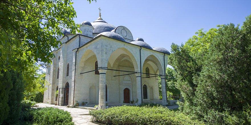 18 ülkede 329 Türk mimarisi eser kiliseye çevrildi