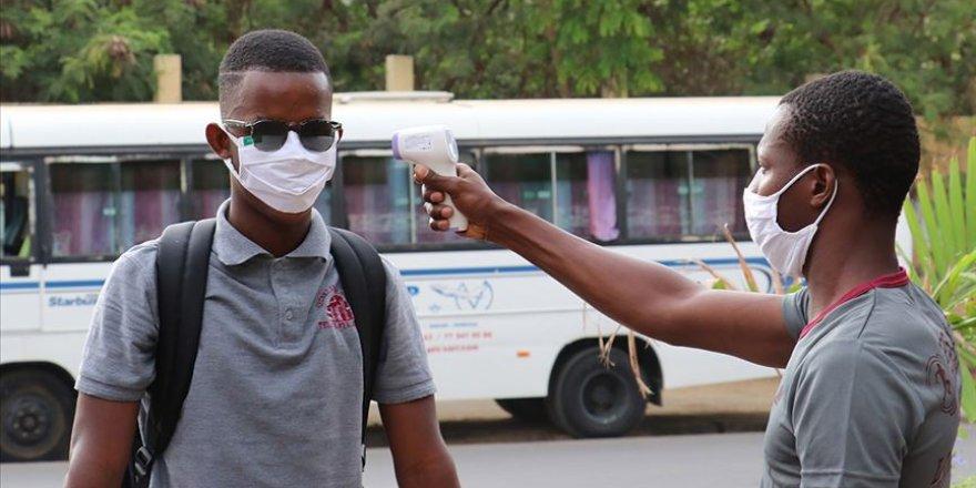 Afrika'da Kovid-19 vakaları 1 milyon 100 bini geçti