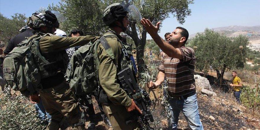 Batı Şeria'da İsrail askerlerinden Filistinlilere müdahale