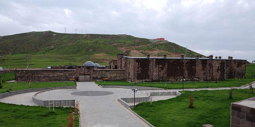 Fuat Sezgin, Said Nursi, İdrisi Bitlisi... Yetiştikleri bir mekan burası