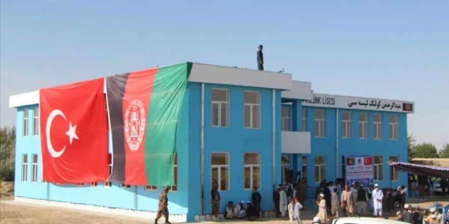 Afganistan'da Hayırsever Türk doktor tarafından yaptırılan okul eğitime başladı