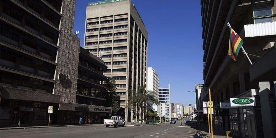 Zimbabve'de devam eden ekonomik ve siyasi kriz devam ediyor