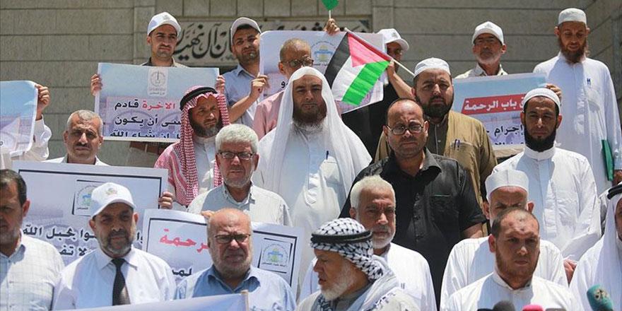 İşgalci İsrail, mescitleri kapatarak sinagoga çeviriyor