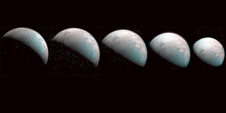 NASA Jüpiter'in uydusunun görüntülerini paylaştı
