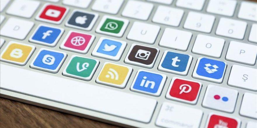 Dünyanın sorunu sosyal medya