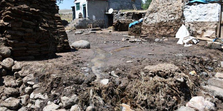 Ağrı'da yaşanan sel felaketi için hasar tespit çalışmalarına başlandı
