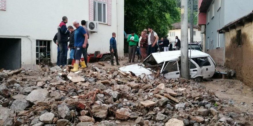 Sel ve dolu felaketinin bilançosunun 227 milyon 361 bin lira