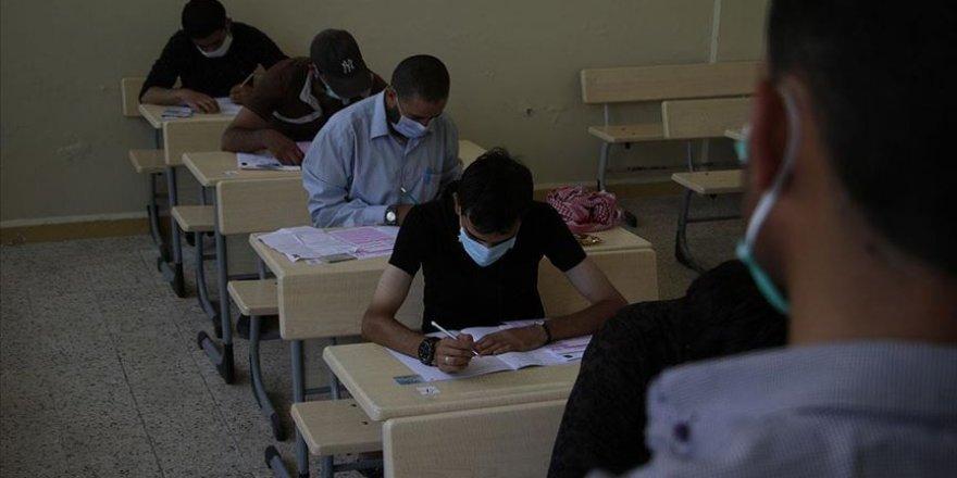 3 bin Suriyeli öğrenci YÖS için ter döktü
