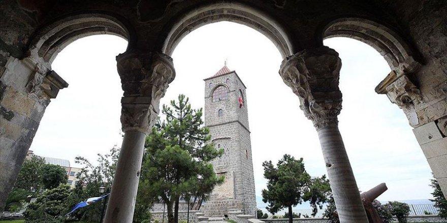 Restorasyonu tamamlanan Ortahisar Ayasofya Camii tekrardan ziyarete açıldı