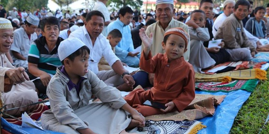 Nüfusunun yüzde 10'u Müslüman olan Filipinler'de Kurban Bayramı resmi tatil ilan edildi