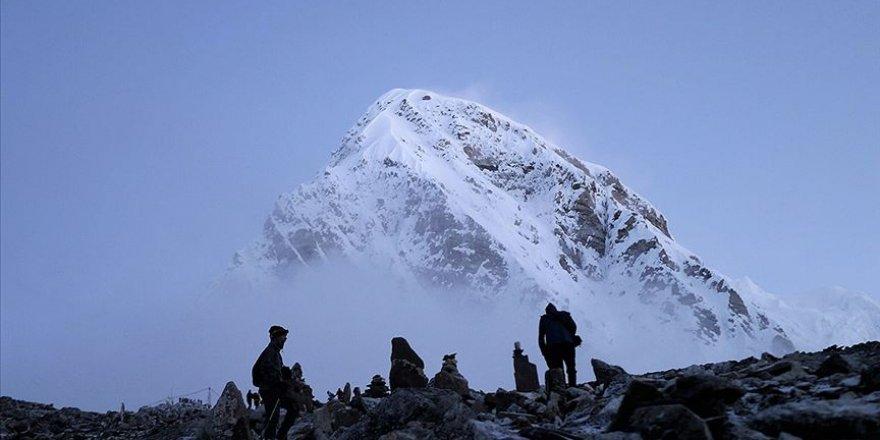 Everest dağı tekrardan açılacak