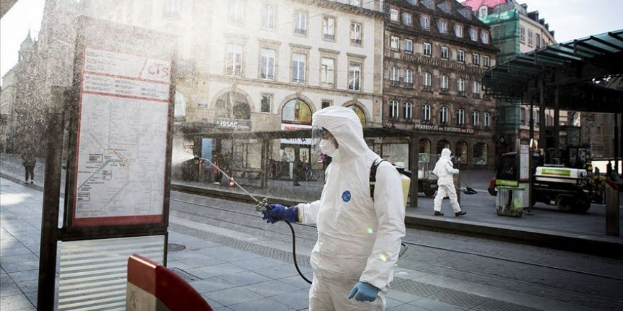 Fransa'da Kovid-19'a bağlı can kaybı 30 bin 294'e yükseldi