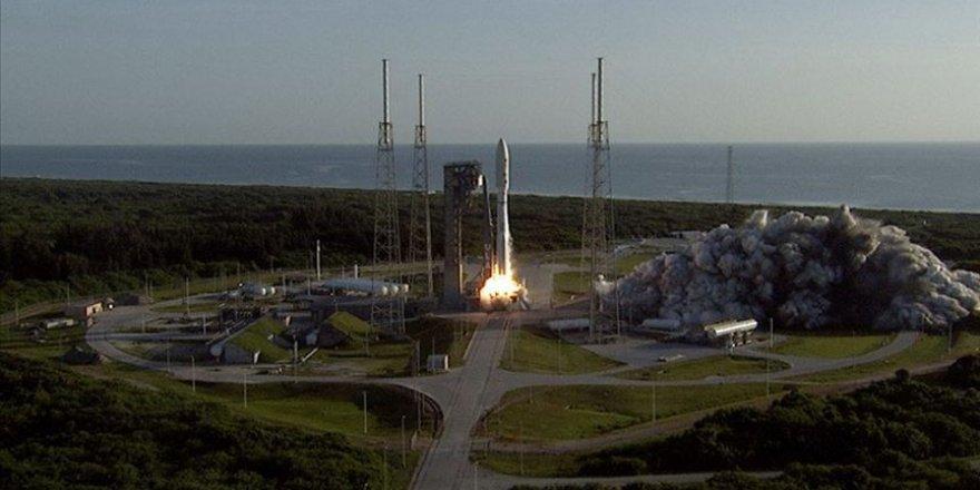 NASA 'Rover' uzay mekiğini Mars'a fırlattı