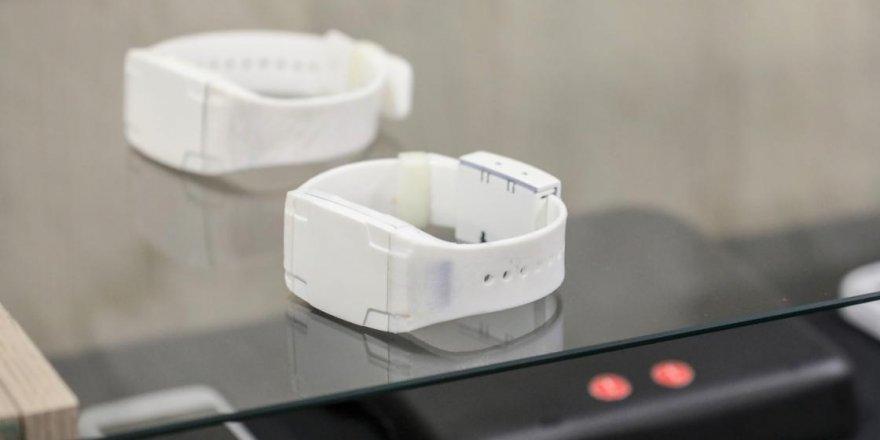 Eylülde milli elektronik kelepçeler test edilmeye başlanacak