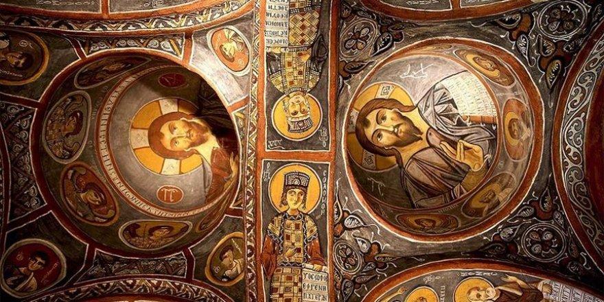 Karanlık Kilise tarihin derinliklerine götürüyor