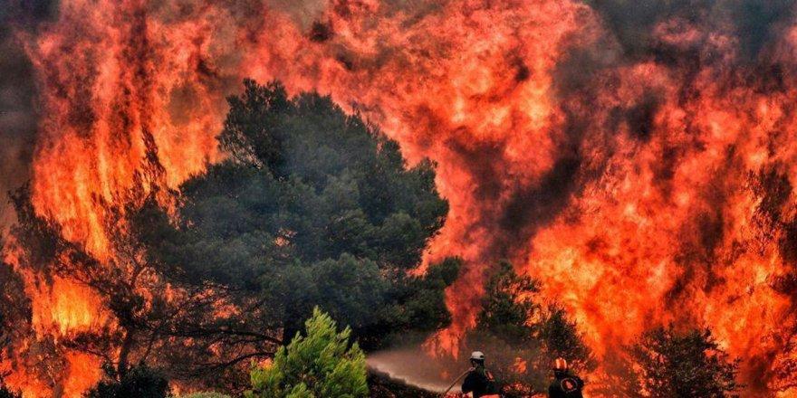 ABD'nin California eyaletinde çıkan yangın 3 gündür söndürülemiyor