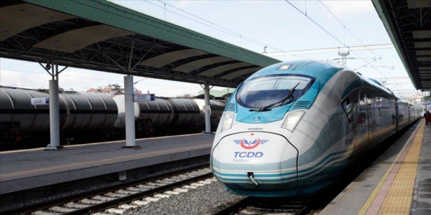 Hedef 2023'te Türkiye'nin yüzde 70'ini hızlı trenle buluşturmak