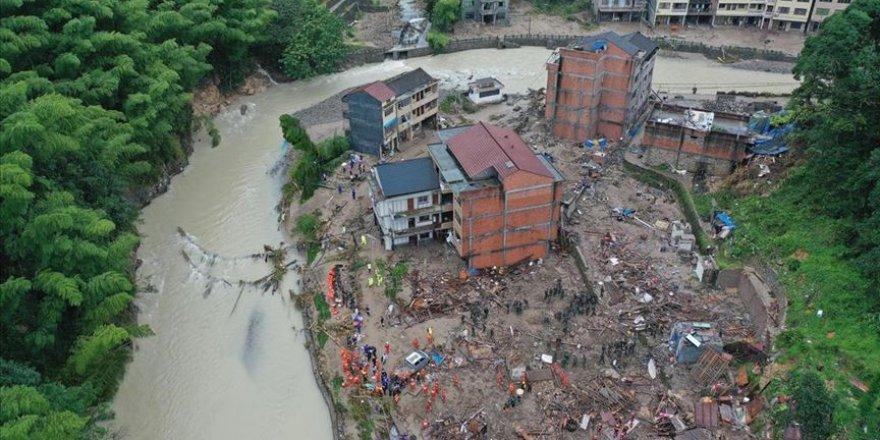 Çin'de 380 binden fazla kişi Hagupit tayfunu sebebiyle tahliye edildi