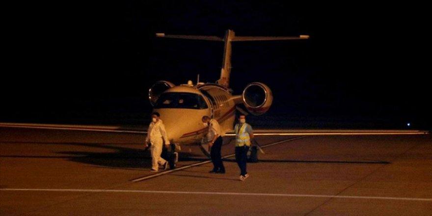 Kovid-19 hastası Türk vatandaş Rusya'dan ambulans uçakla Türkiye'ye getirildi