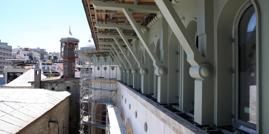 Taksim'e yapılan yeni caminin genel işçiliğinin yüzde 65'i bitti
