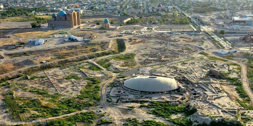 Kazakistan'da bilim adamlarınca sufi tekkesi bulundu