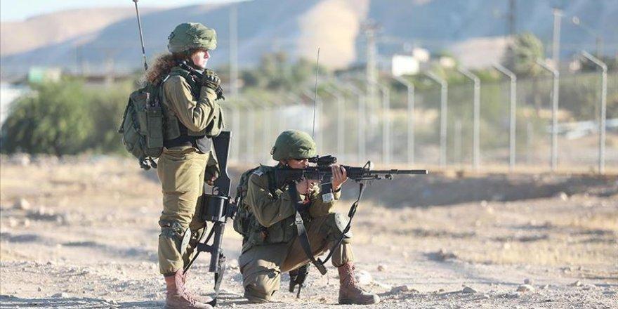 Filistinli bir kadın İsrail askerleri tarafından şehit edildi