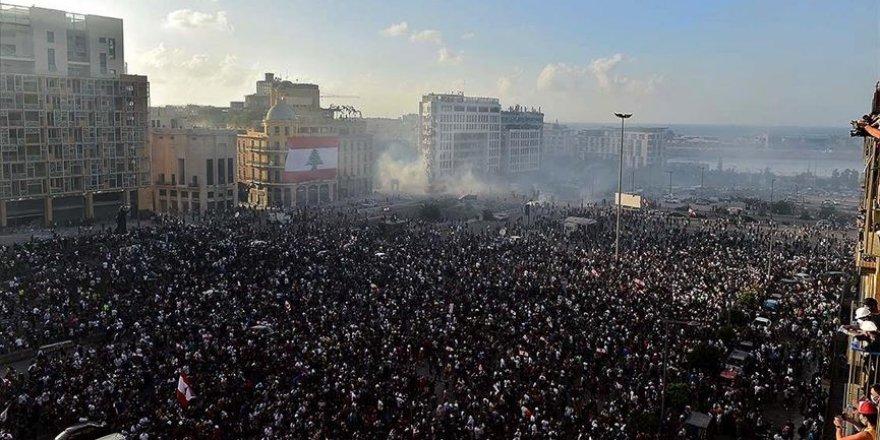 Beyrut'taki gösterilerde 1 kişi öldü 238 kişi yaralandı