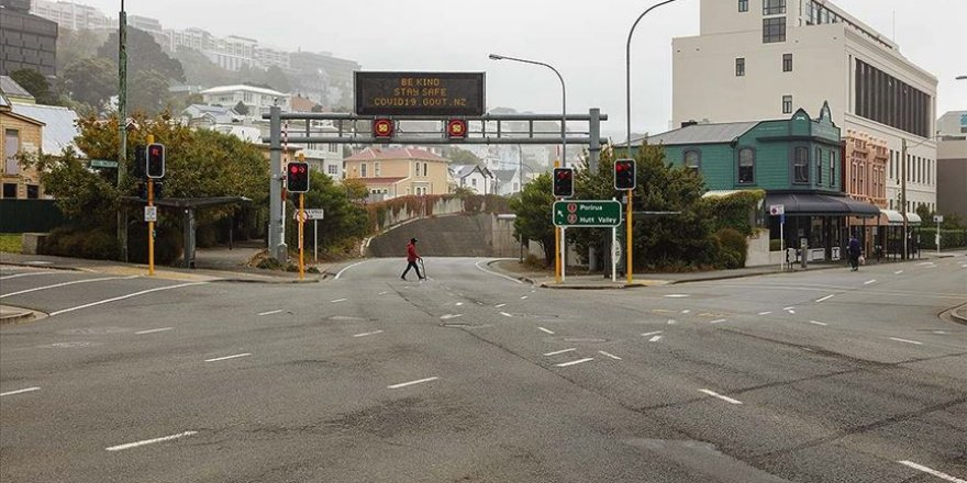 Yeni Zelanda'da 100 gündür Kovid-19 vakasına rastlanılmadı