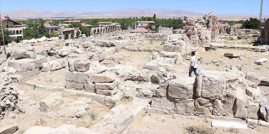 4. yüzyıla ait sekizgen planlı kilise bulundu