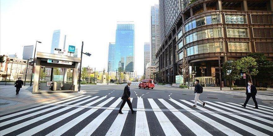 Japonya'da 65 yaş üstündekilerin yüzde 43'ü Kovid-19 aşısı konusunda kararsız