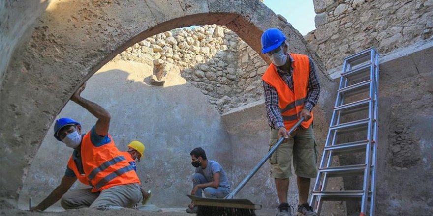 Beçin Antik Kenti'nde 700 yıllık sarnıç bulundu