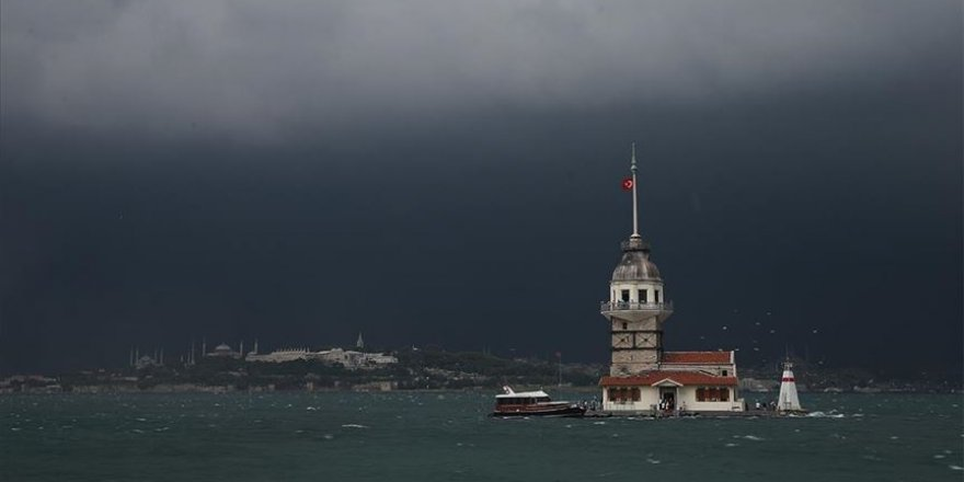 Marmara'da aralıklı yağmur ve sağanak bekleniyor