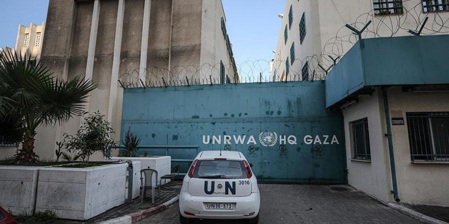 UNRWA mali kriz sebebiyle 'uçurumun eşiğinde' olduğunu açıkladı